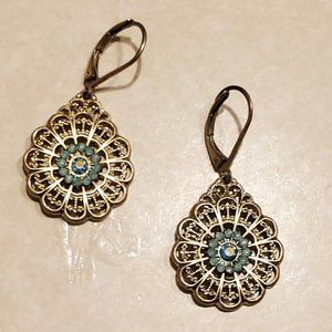 Francesca's Collection Flower Drop Earrings